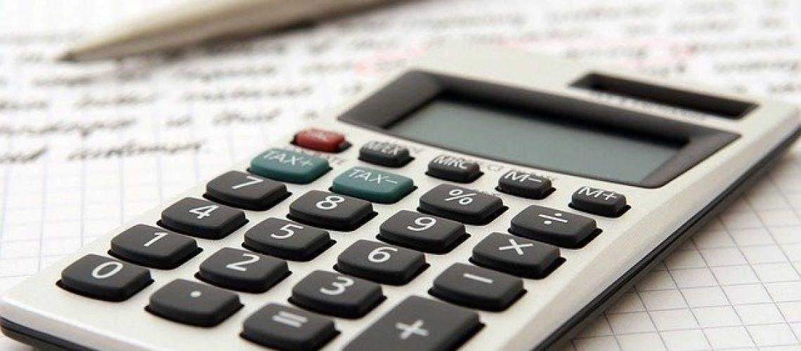 accountant-1238598_640 (1)